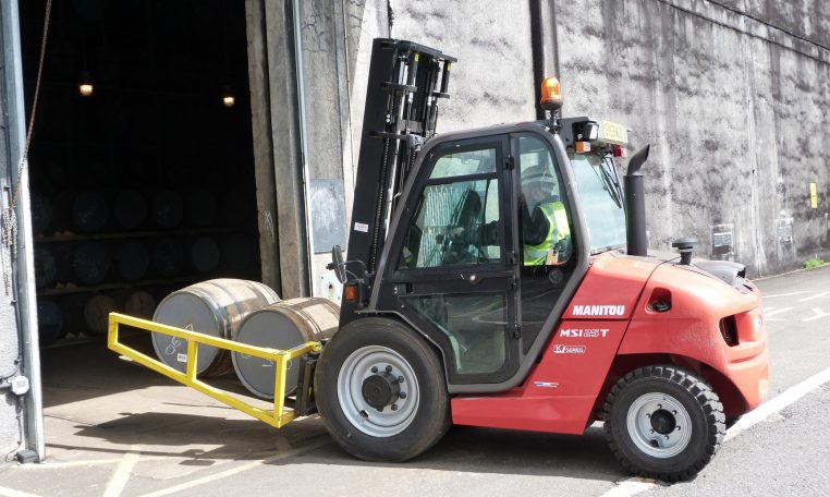 Manitou Semi Industrial All Terrain Masted Forklift Warehousing Equipment Industrial Solutions MSI25 Northern Lift Trucks